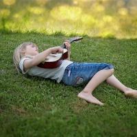 Wakacyjny intensywny kurs nauki gry na gitarze