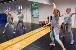 Taniec współczesny dla dzieci – od września w Centrum Młodzieży!